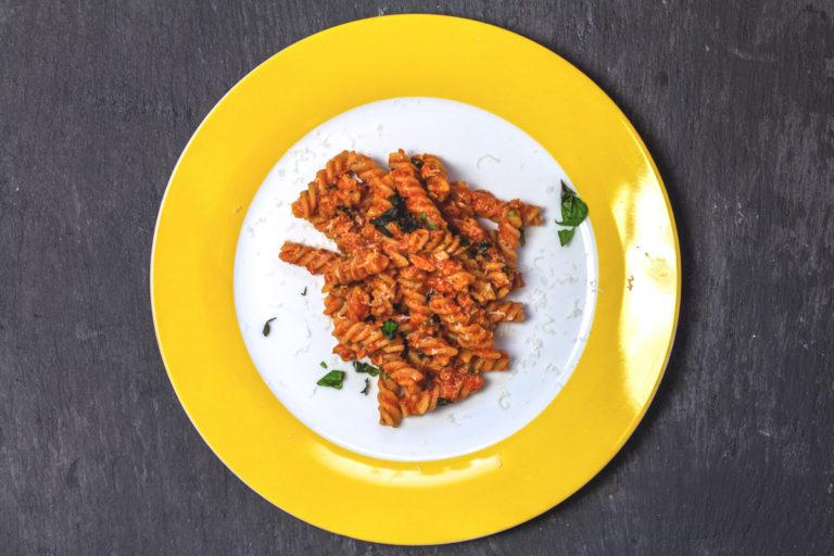 Rezept: Spirellis in Tomaten-Thunfisch-Soße