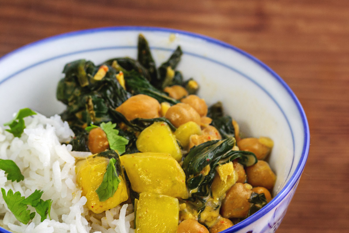Rezept: Mango, Spinat, Kichererbsen Curry mit Reis