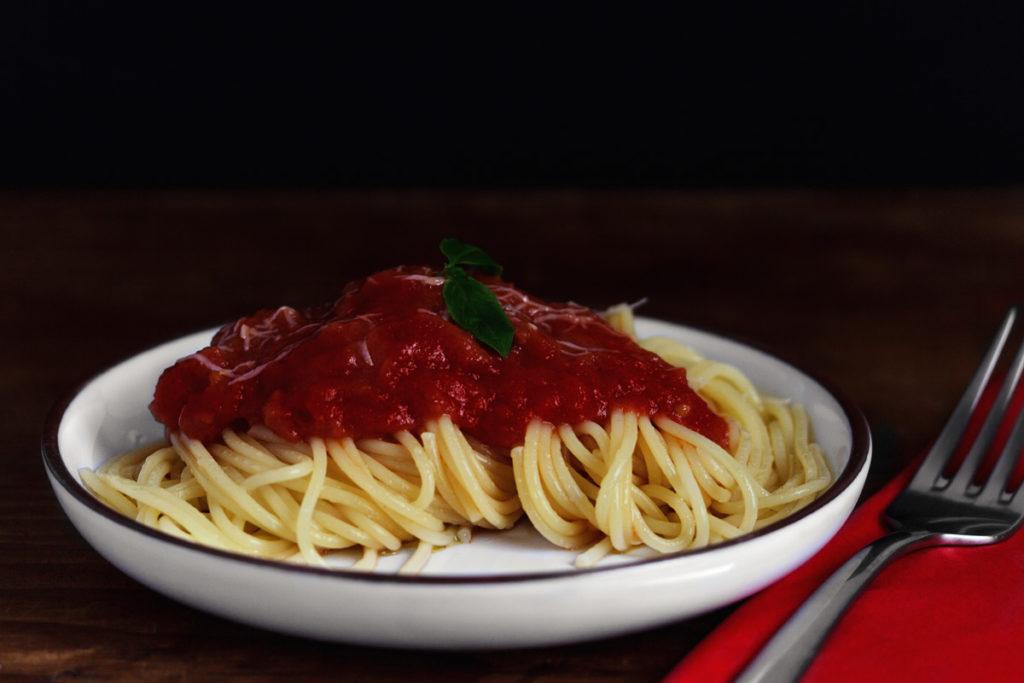 3 Zutaten Tomatensoße nach Marcella Hazan